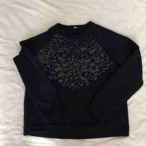 Euc Lululemon pullover size 10